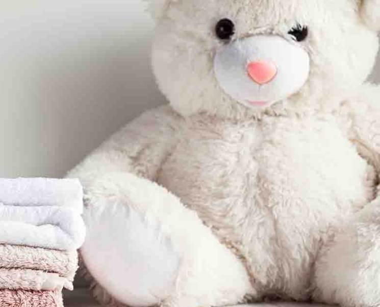 Come disinfettare i giocattoli dei bambini: i rimedi naturali ed economici