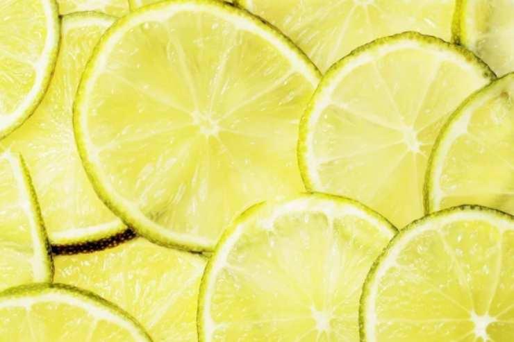 Non buttate i limoni avanzati a cena