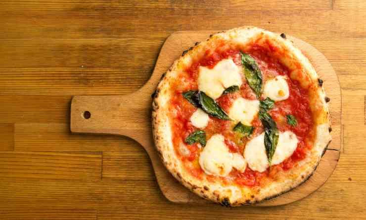 pizza tegamino ricetta