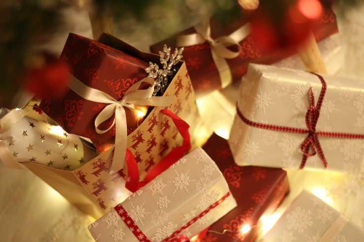 Regali Di Natale Sotto 10 Euro.5 Regali Di Natale Al Di Sotto Dei 10 Euro Spesa Minima Effetto Speciale