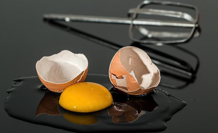 macchie d'uovo