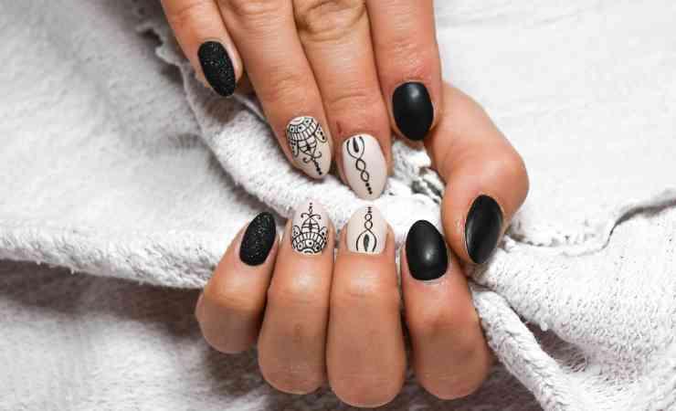 manicure smalto
