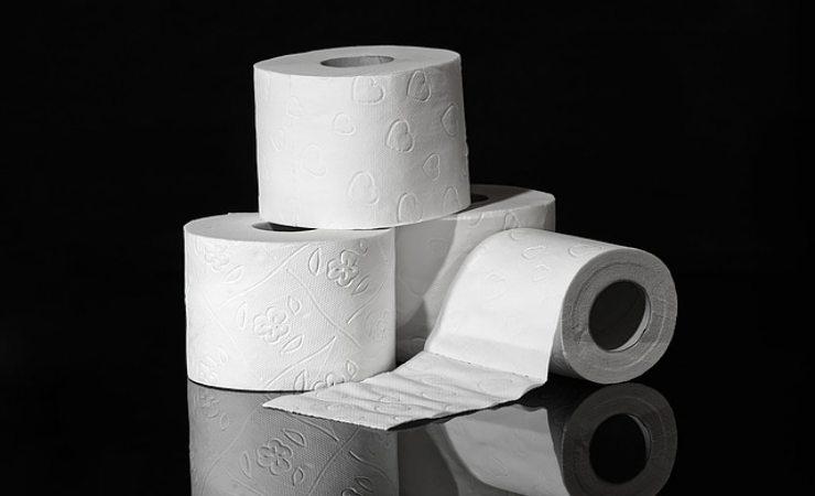 aceto e carta igienica