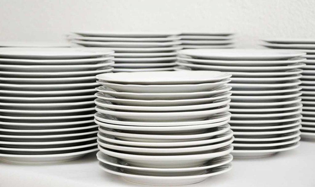 piatti sporchi unti