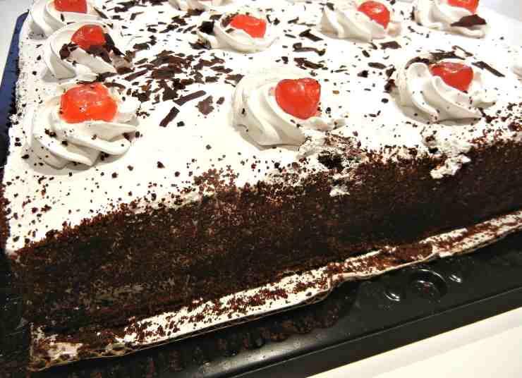 torta ciliegie cioccolato