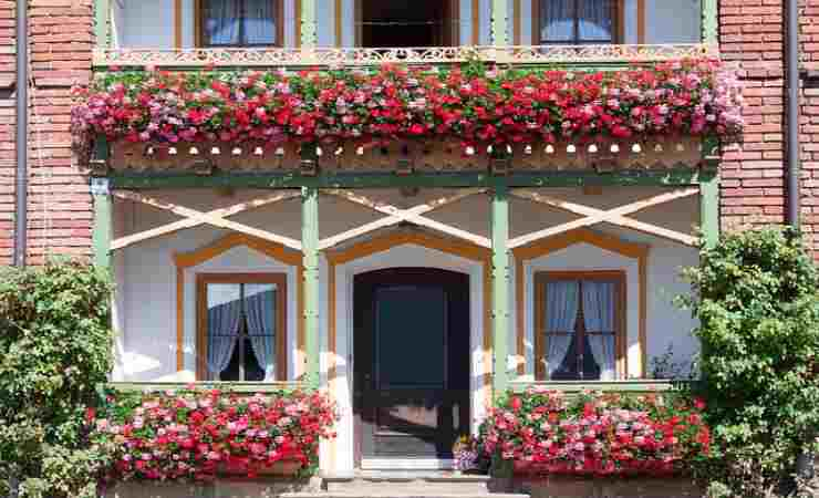 pulire balconi e ringhiere