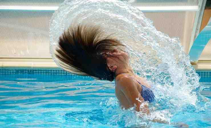 proteggere capelli cloro
