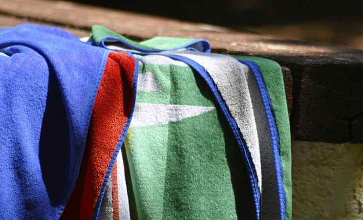 lavare teli mare