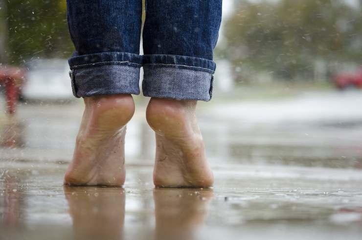 piedi puzzano