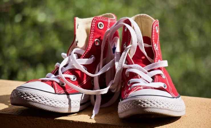 puzza scarpe